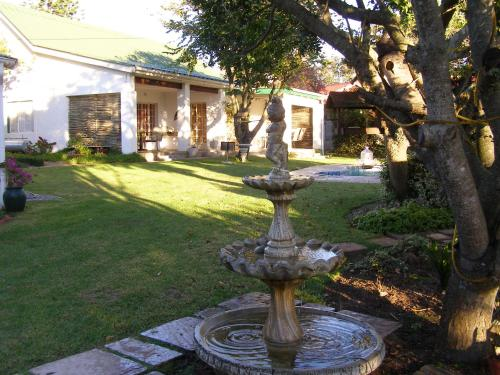 Falcon Crest Self Catering Cottages Photo
