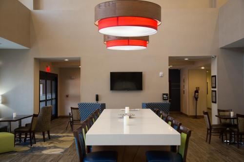 Hampton Inn and Suites by Hilton McKinney Photo