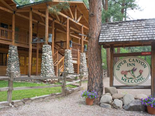 Upper Canyon Inn Photo