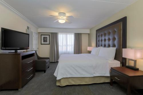 Homewood Suites by Hilton Ft. Worth-North at Fossil Creek Photo