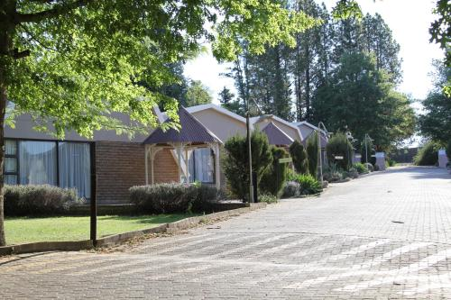 Lavender Hill Country Estate and Wedding Venue Photo