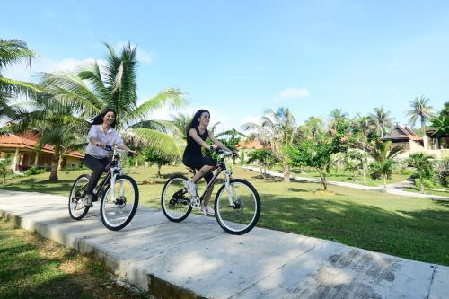 Parai Beach Resort & Spa - Bangka Photo