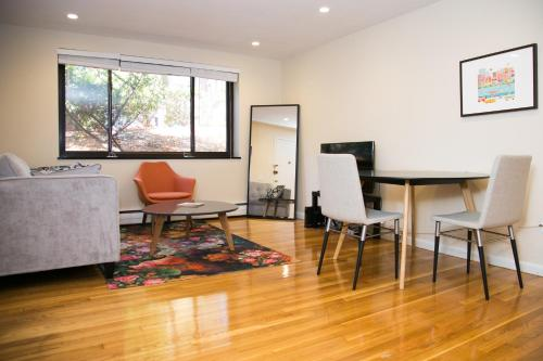 Two Bedroom Apartment on Kent Street 12 Photo