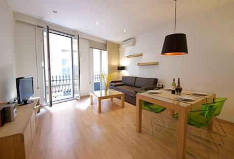 Feel Good Apartments Plaza Catalua impression
