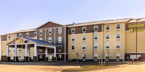MainStay Suites Watford City Photo