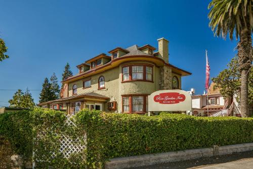 Rose Garden Inn Photo