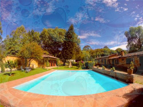 Villa Patzcuaro Garden Hotel & RV Park Photo
