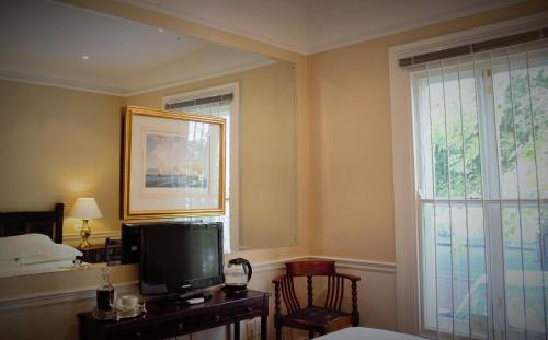 Tintagel Guesthouse Photo