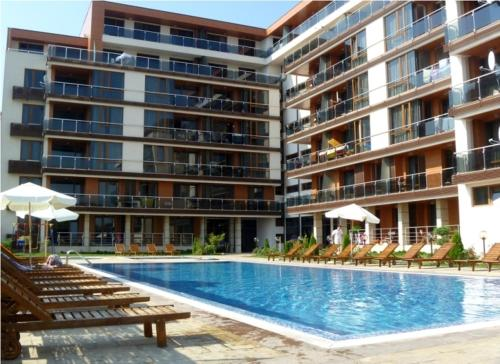 Pomorie Bay Apartments and Spa, Поморие