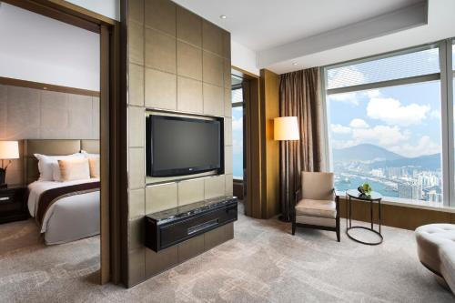 The Ritz-Carlton Hong Kong photo 24