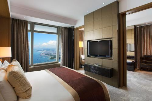 The Ritz-Carlton Hong Kong photo 25