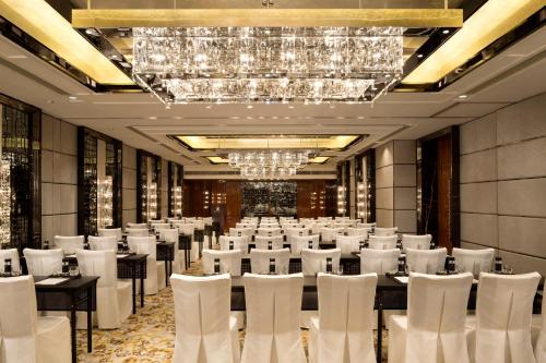 The Ritz-Carlton Hong Kong photo 48