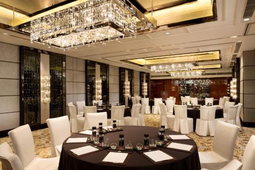 The Ritz-Carlton Hong Kong photo 49