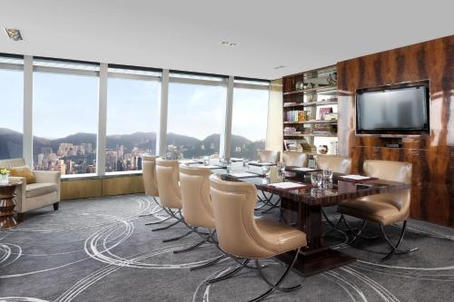 The Ritz-Carlton Hong Kong photo 54