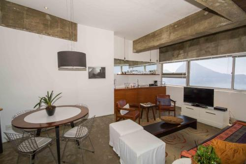 Flat Leblon Almirante Guilhem 2910 Photo