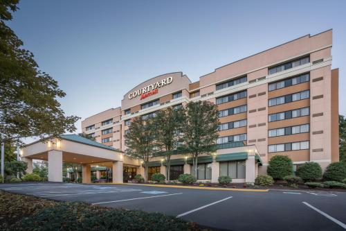 Courtyard By Marriott Shelton -  star rating for travel with kids