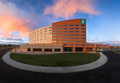 Embassy Suites Loveland Hotel Spa & Conference Center