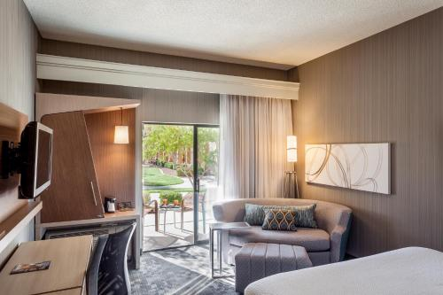 Courtyard by Marriott Henderson - Green Valley - Las Vegas Photo