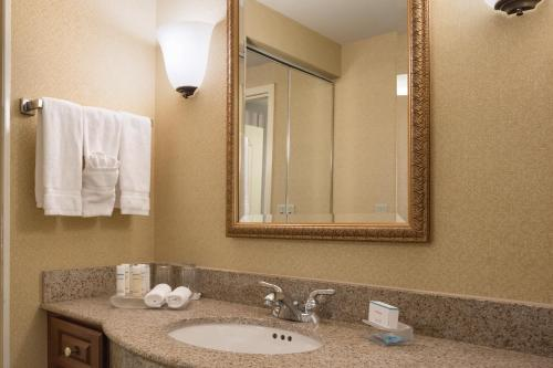 Homewood Suites by Hilton Detroit-Troy Photo