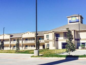 Days Inn & Suites Katy Photo