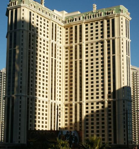 Suites at Marriott's Grand Chateau Las Vegas Photo