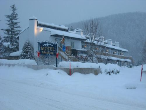 Motel Le JoliBourg Photo