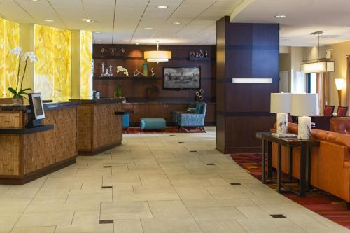 Towson University Marriott Conference Hotel Photo