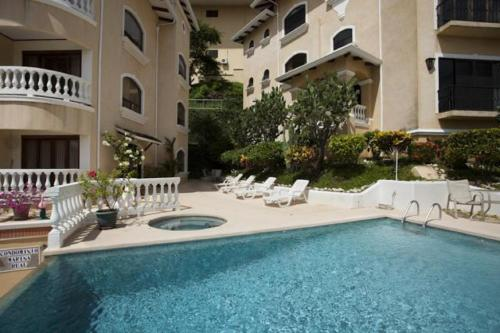 Flamingo Marina Real Condo 221 Photo