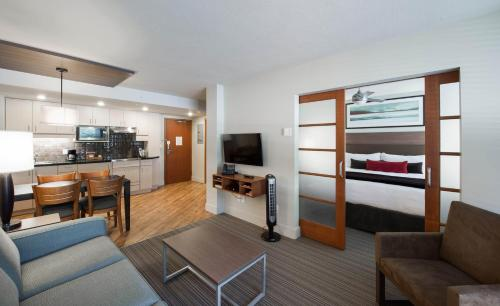 West Coast Suites at UBC - vancouver -