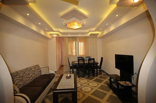 http://www.booking.com/hotel/am/yerevan-apartment-service.html?aid=1728672