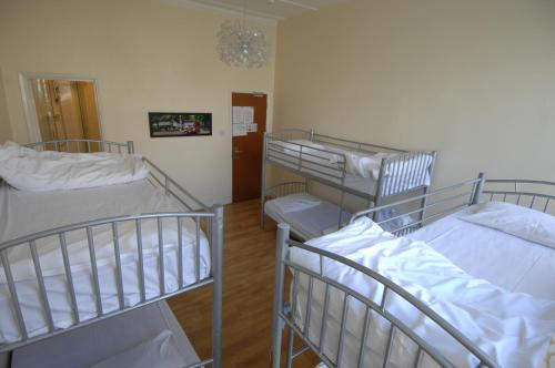 Barkston Rooms Earls Court photo 9
