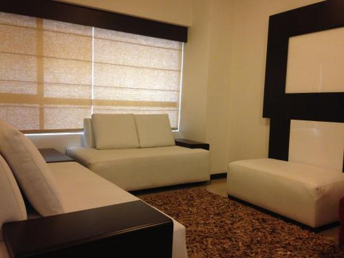 Guayaquil Airport Suites Mall del Sol Photo