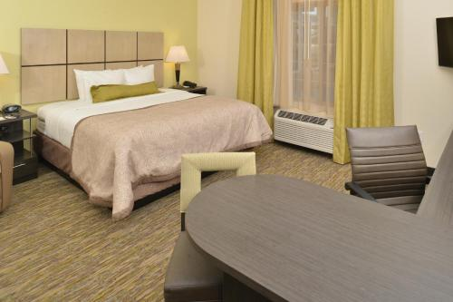 Candlewood Suites Eugene Springfield Photo