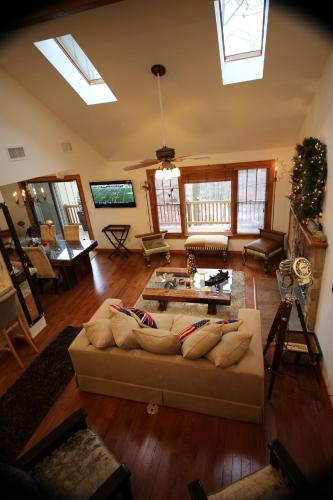 Skiview Pocono Townhouse Rental at Camelback Photo