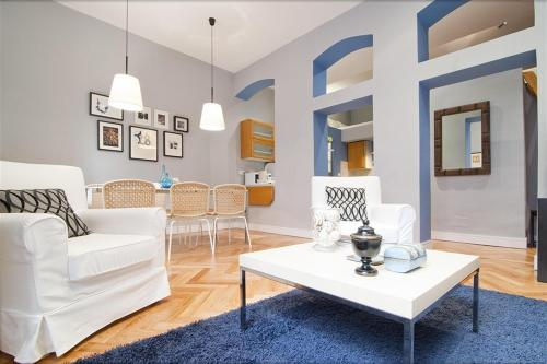 Friendly Rentals Latina VII - Madrid - booking - hébergement