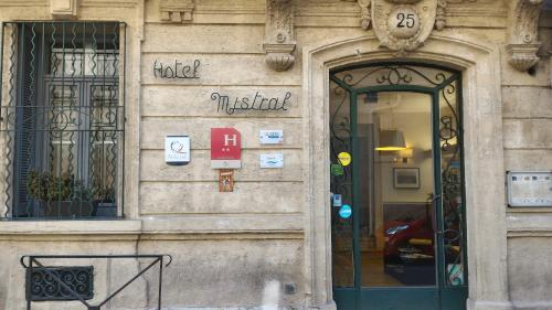 Hotel Le Mistral Montpellier Centre - фото 0