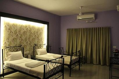 Aagaman Guest House