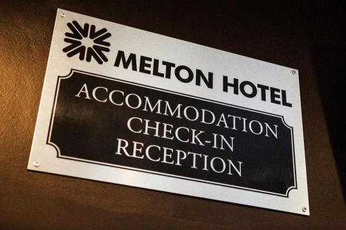 Melton Hotel Auburn photo 19