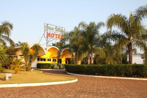 Hotel Green Village Photo