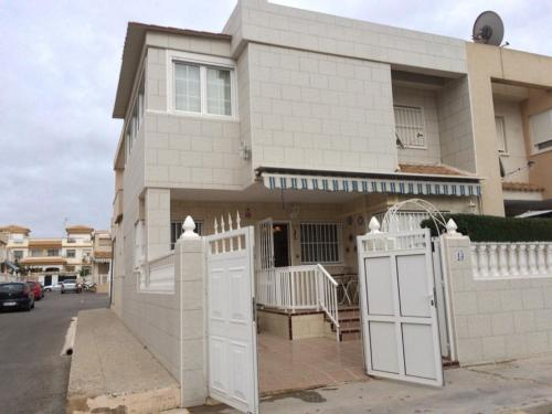 House in the heart of Torrevieja - фото
