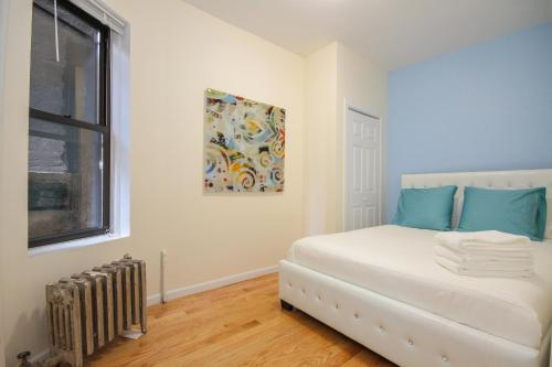 East Village Amazing 2 Bedroom Photo