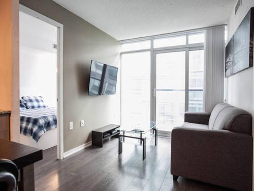 Pinnacle Suites - Luxurious 2Bed Condo Photo