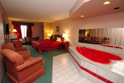 Niagara Lodge & Suites Photo