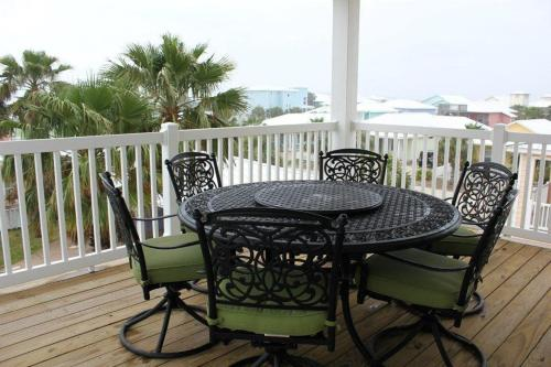 109FD-Sun Shiner Beach House - Port Aransas, TX 78373