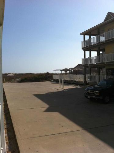 Beachgate 517a 2BR Photo