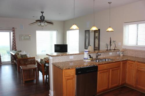 Beachgate 331 2BR - Port Aransas, TX 78373