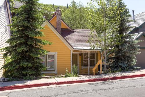 170 Main Street Private Home by Wyndham Vacation Rentals