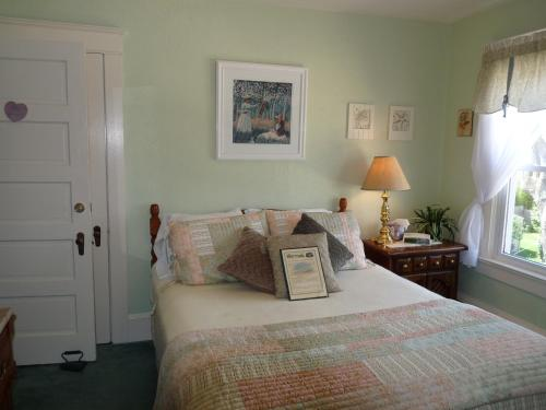 The Bentley Inn Bed and Breakfast Photo