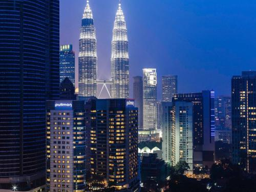 Pullman Kuala Lumpur City Centre Hotel & Residences impression