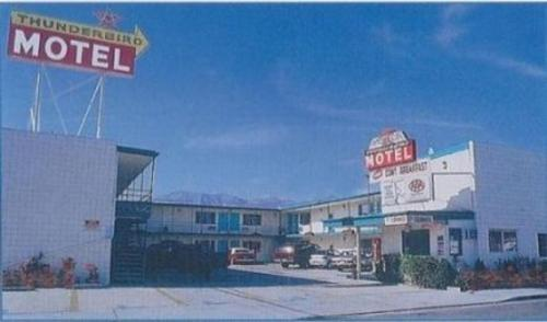Thunderbird Motel - Bishop, CA 93514